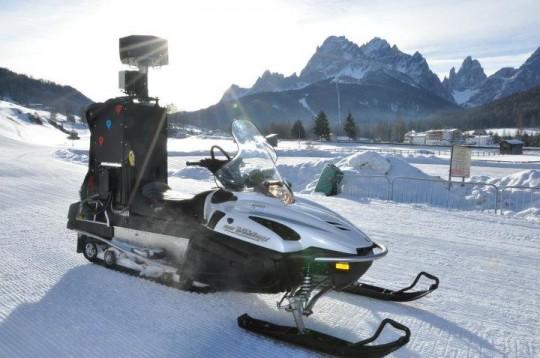 Motoslitta di Google con la speciale camera a 360 gradi