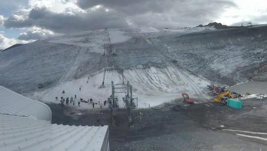 Les 2 Alpes alla base del ghiacciaio