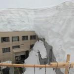 Rifugio sepellito da 10 metri di neve