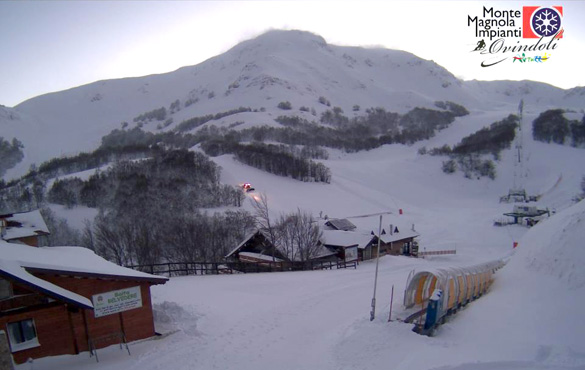 40cm di neve in Abruzzo, aprono i primi impianti sugli Appenni