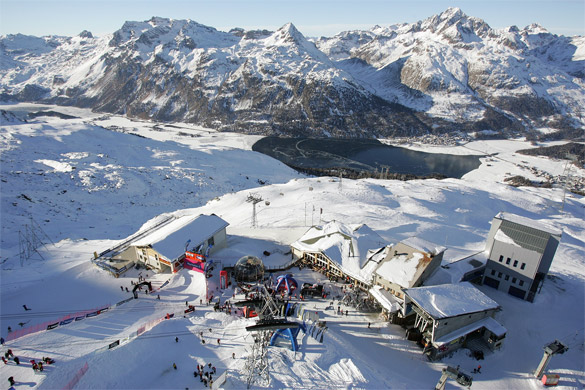 La stagione sciistica al Corvatsch inizia il 17 novembre 2012