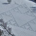 disegno piramide neve