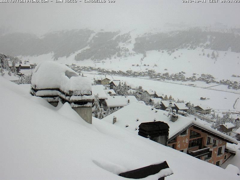 Bianco risveglio sulle Alpi, caduti 55cm di Neve fresca a Livigno