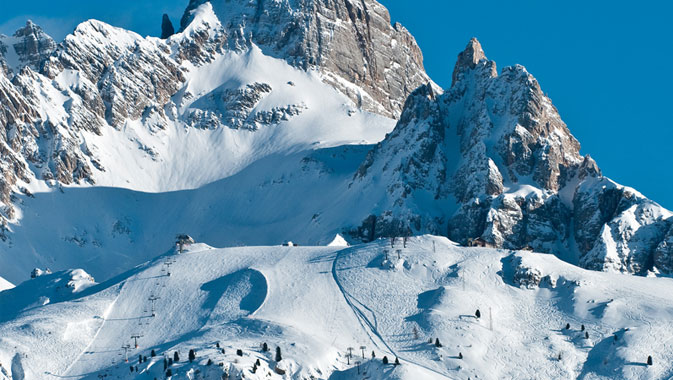 Impianti aperti a Cortina e Passo Monte Croce, si torna a sciare sulle Dolomiti
