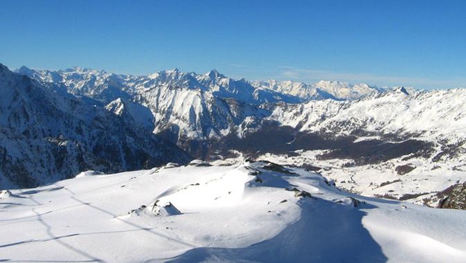 Alpi innevate: altre Nevicate in arrivo, l'inverno è qui