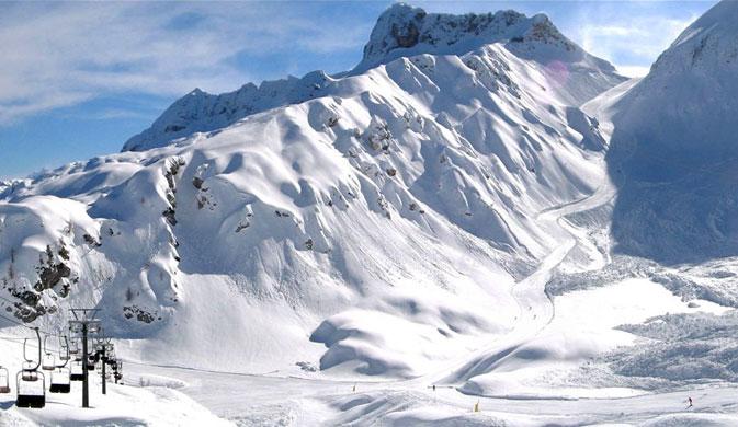 6 metri di neve, posticipata la chiusura impianti in Friuli Venezia Giulia