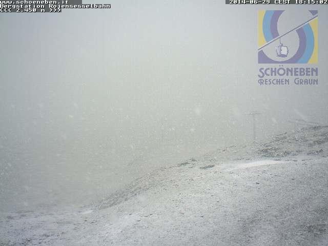Neve estiva a Passo Resia 2400m