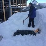 scavatore sommerso dalla neve san domenico