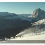 Cannoni sparaneve attivi in Val Gardena, le Dolomiti si preparano all'inverno