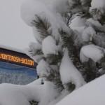 Tabella Monterosa Ski sotto la neve