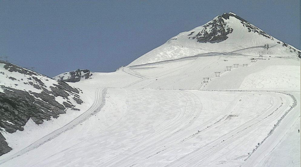 Stelvio aperto, la stagione dello sci estivo è iniziata